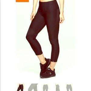 RBX Zip it Up Capri workout leggings